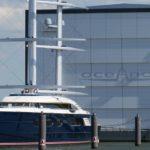 Крупнейшая в истории Голландии яхта ушла российскому владельцу