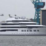 Мега-яхта «Project Mistral» передана владельцу