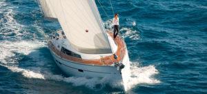 купить новую парусную яхту