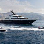 Кайли Дженнер устраивает вечеринку на суперяхте Tranquility с оборотом 1,1 миллиона евро в неделю